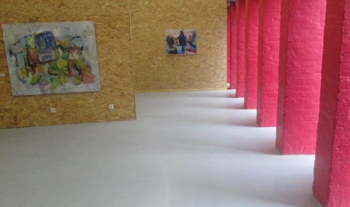 deux tableaux de Vincent Vallois, vue de la scénographie